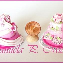 Pink romance wedding cakes - July 2011